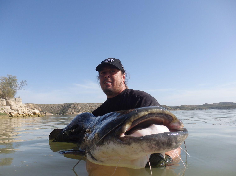 Rio Ebro - rybolov v Španielsku
