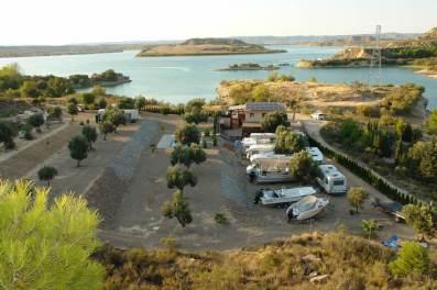 Rybársky camp El Paso Rio Ebro